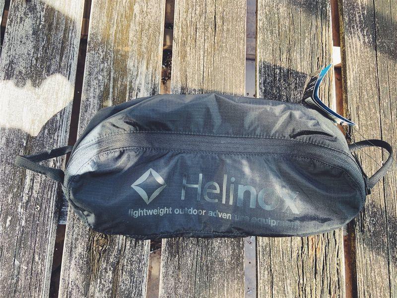 かさばらないキャンプチェア、ヘリノックス